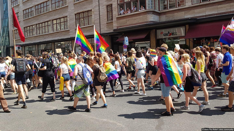 гей парад в Берлине фото